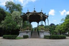 Parque  quiosco Imagenes de archivo