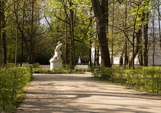 Parque real de Lazienki (baño) Señal horizontal fotos de archivo