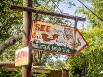 Parque temático del reino animal, mundo de Dinsey Imagen de archivo