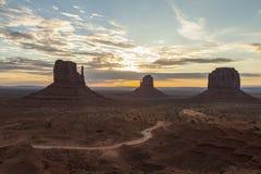 Parque tribal do Navajo do vale do monumento Imagens de Stock