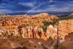 Parque Utah de Bryce Point Bryce Canyon National de la tormenta del arco iris Imagen de archivo