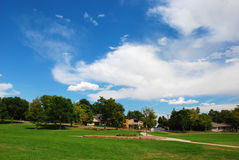 Parque y cielo dramático Imagen de archivo libre de regalías