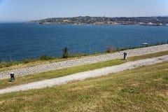 Parque y mar Fotos de archivo