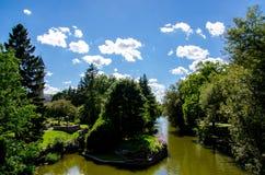 Parque y río Fotografía de archivo libre de regalías