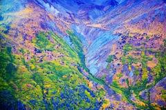 Parque y reserva nacional de Kluane, valle y opiniones de Montainsde imagenes de archivo