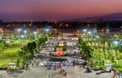 Parquee en el centro de ciudad de Dushanbe, la capital de Tayikistán fotografía de archivo libre de regalías