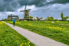 Parquee en los Países Bajos en un día pring soleado Foto de archivo