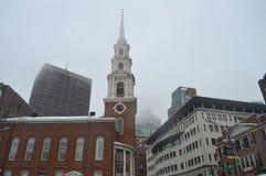 Parquee la iglesia de la calle en Boston, los E.E.U.U. el 11 de diciembre de 2016 Imagen de archivo libre de regalías