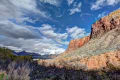 Parques nacionais Angel Trail Borda-brilhante da garganta AZ-grande imagens de stock royalty free