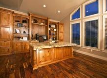 parquette le bois spacieux de Home Office  photo stock
