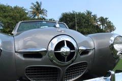 Parrilla americana clásica del frente del coche Imagen de archivo