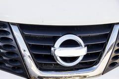 Parrilla de radiador de Nissan fotos de archivo