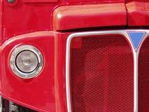 Parrilla roja del omnibus de Londres fotos de archivo libres de regalías