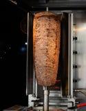 Parrilla tradicional del kebab de Doner del turco fotografía de archivo