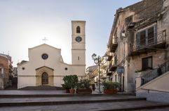 Parrocchia San Michele Arcangelo, Lascari, Włochy fotografia stock