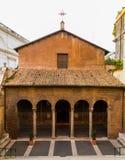 Parrocchia Santi Vitale e Compagni Martiri i liten fördjupningkyrka Arkivfoto
