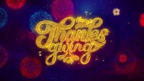 Partículas de saludo de la chispa del texto de la acción de gracias feliz en los fuegos artificiales coloreados