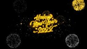 Partículas douradas piscar do texto do ano novo 2022 com exposição dourada dos fogos de artifício
