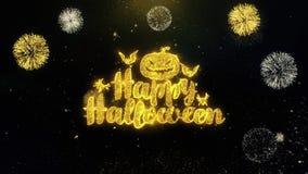Partículas escritas feliz Halloween del oro que estallan la exhibición de los fuegos artificiales