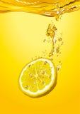 Part de citron avec des bulles Photo libre de droits