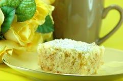 Part de gâteau de croustillant de citron Photo stock