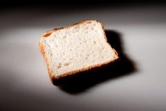 Part de pain blanc Photo stock