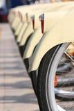 Partage de vélo photographie stock