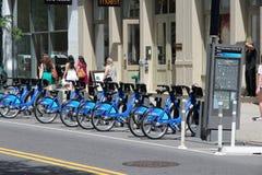 Partager de bicyclette de New York Images libres de droits