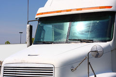 Parte anteriore del camion fotografie stock