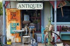 Parte anteriore del negozio di antiquariato, Fredericksburg, il Texas Fotografia Stock