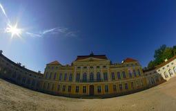 Parte anteriore del palazzo Fotografia Stock