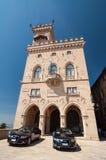 Parte anteriore del palazzo di governo in Repubblica di San Marino Fotografia Stock