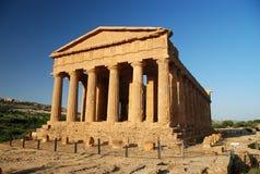 Parte anteriore del tempiale del greco antico Fotografia Stock Libera da Diritti