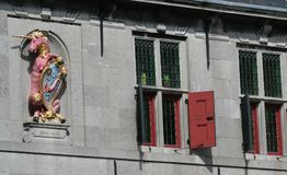 Parte anteriore del Westfries Musem che è alloggiato nel vecchio Statencollege Immagine Stock