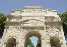 Parte anteriore dell'arco romano del trionfo Fotografie Stock Libere da Diritti