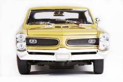 Parte anteriore dell'automobile del giocattolo della scala del metallo Fotografie Stock Libere da Diritti