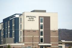 Parte anteriore dell'hotel delle serie di Spring Hill da Marriott in U.S.A. Immagine Stock