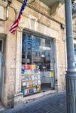 Parte anteriore della finestra di Jordan Bookshop in via di Giaffa, Gerusalemme, Israele immagini stock libere da diritti