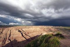 Parte anteriore della tempesta nei calanchi fotografie stock