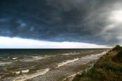 Parte anteriore della tempesta sopra acqua Fotografia Stock Libera da Diritti