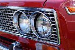 Parte anteriore di retro automobile immagine stock