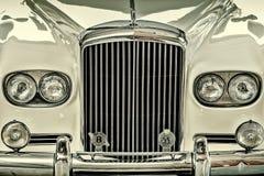 Parte anteriore di un corpo rigido 1963 di Bentley 2-Axle Immagine Stock