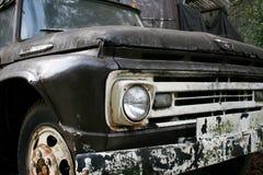 Parte anteriore di vecchio camion Fotografia Stock