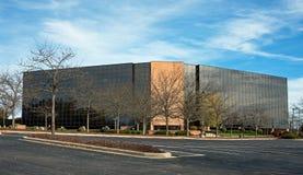 Parte anteriore di vetro moderna della costruzione Immagini Stock Libere da Diritti