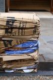 Parte anteriore impilata compressa dei cartoni residui di KFC Oxford Fotografia Stock Libera da Diritti