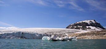 Parte anteriore/Jostedalsbreen del ghiacciaio Fotografie Stock Libere da Diritti