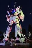 Parte anteriore stante a grandezza naturale della statua di Unicorn Gundam della plaza Tokyo della città dell'operatore subacqueo fotografia stock