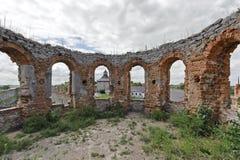 Parte arruinada del castillo de Medzhybizh en Ucrania Foto de archivo