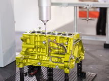 Parte automobilistica di alluminio di dimensione di ispezione dell'operatore da CMM Fotografia Stock