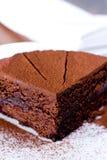 Parte de bolo de chocolate Fotos de Stock Royalty Free